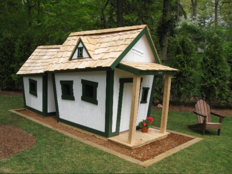 Diy elevated outdoor playhouse plans download woodworking for Playhouse with garage plans